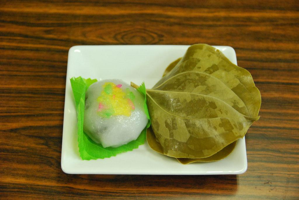 石田長栄堂さんの美味しい和菓子もいただきました*